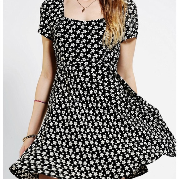 Cooperative dresses urban outfitters black and white flower dress urban outfitters black and white flower dress mightylinksfo